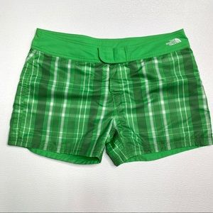 THE NORTH FACE Reversible Plaid Shorts Size 12